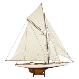 Columbia Sailboat Decor
