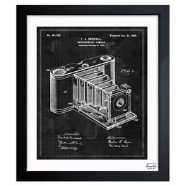 Camera 1902 Framed Print, Oliver Gal