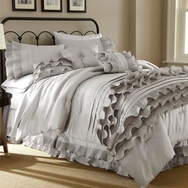 Stacia Comforter Set in Pearl White