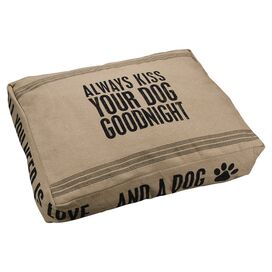 Goodnight Kiss Pet Bed