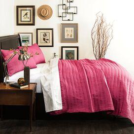Salvador Quilt Set in Hot Pink