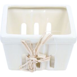 Fiona Berry Basket in Cream