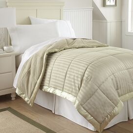 Burton Blanket in Ivory