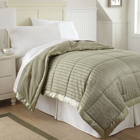 Burton Blanket in Taupe