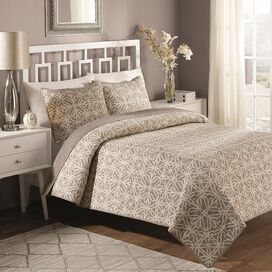 Bettina Quilt Set