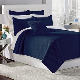 Tristan Quilt Set in Porcelain