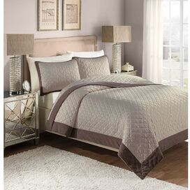 Monroe Quilt Set in Smokey Purple