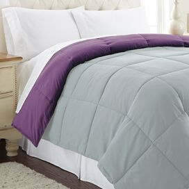 Reversible Down Alternative Comforter in Wood Violet
