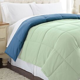 Reversible Down Alternative Comforter in Misty Jade