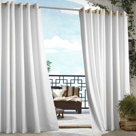 Gabrielle Indoor/Outdoor Curtain Panel in White