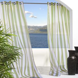 Evelyn Indoor/Outdoor Curtain Panel in Green