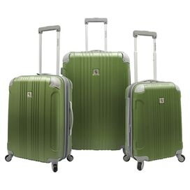 3-Piece Newport Rolling Luggage Set in Green