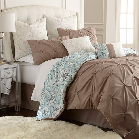 Louisa Comforter Set